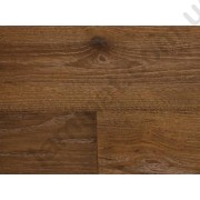 На фото Oak Country Hand scraped historical look